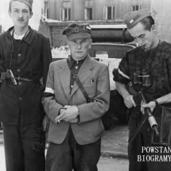 Powstanie Warszawskie - stoją od lewej  kpr. pchor. Władysław Karol Rudziński ps. Jastrząb