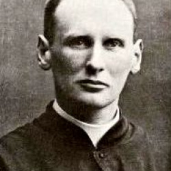 ksiądz Zygmunt Trószyński