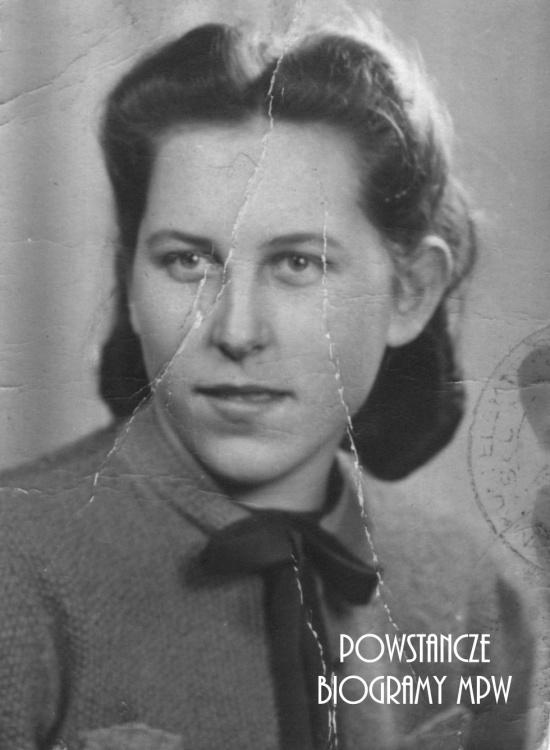 """Anna Szaruch, po mężu Łoń ps. """"Aneta"""" (1926-2013) Fot. z archiwum rodzinnego Włodzimierza Łonia."""