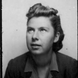 Teresa Matlakowska, 1942 rok. Fot. archiwum rodzinne