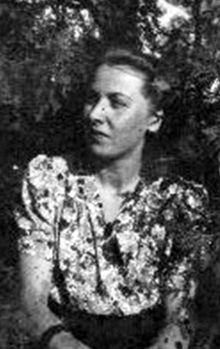 """Irena Adamska - Sikorska - Sztaba """"Ina"""", """"Irena"""". Fot. Encyklopedia Medyków Powstania Warszawskiego/archiwum rodzinne Liliany Odeh"""