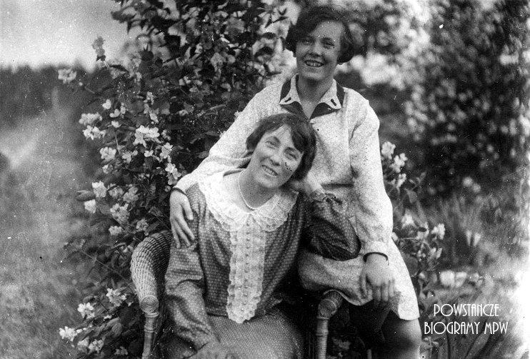 Janina Łokuciewska (1890-1944) i Jadwiga Jankielewicz (1915-1944). Obie poległy 30 września 1944 r. na ul. Kruczej 27. Fot. AR MPW