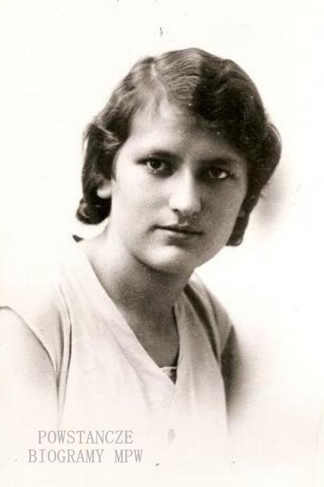 """Jadwiga Uzdowska z domu Siczek """"Gienia"""" (1911-2011). Zdjęcie maturalne. Fot. archiwum rodzinne"""