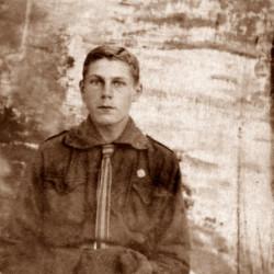 Stanisław Jarzyna. Fot. z archiwum rodzinnego udostępniła p. Olga Kucharczyk z d. Niwińska
