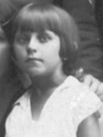 Skan fotografii portretowej udostępniła p. Magdalena Ciok
