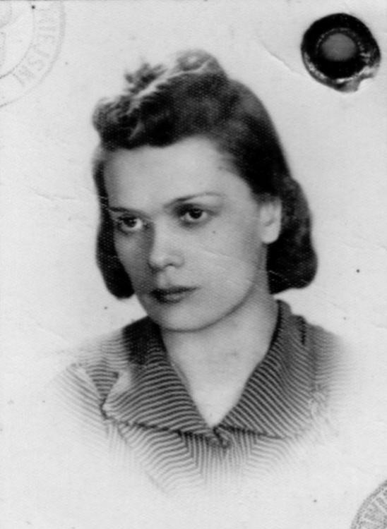 """Bożenna Iwaszko-Iwaszkiewicz """"Currara"""" (1913-1944) Fot. AR MPW"""