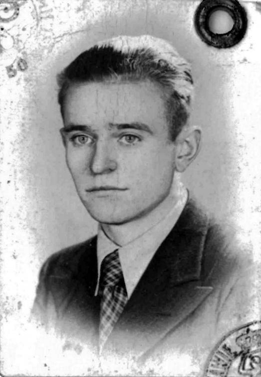 Czesław Jeske (1921-1944). Zdjęcie z archiwum rodzinnego Przemysława Czarnockiego