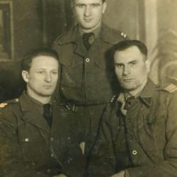 Od lewej: kpr. Tadeusz Fiodorow