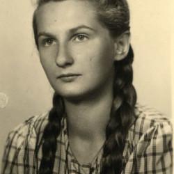 Halina Barbara Busz ps. Hala. Fot. z archiwum rodzinnego Teresy Chrostowskiej-Sawickiej