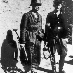 Fotografia z Powstania Warszawskiego. Śródmieście Północne. Żołnierze IV Zgrupowania