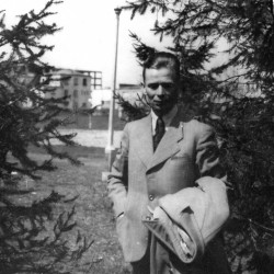 Tomasz Dziewanowski na Mokotowie - 1943 r.