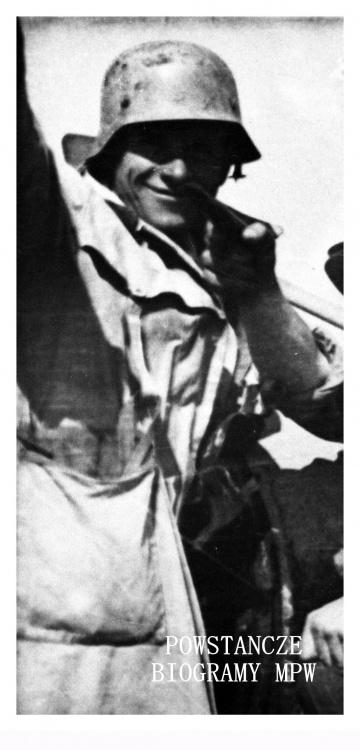 """Plut. pchor. Eugeniusz Ajewski  """"Kotwa"""" (1915-2006).  Fot. ze zbiorów Muzeum Powstania Warszawskiego, sygn. MPW-IH/1055"""