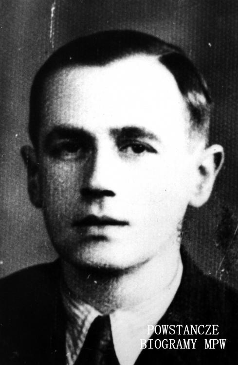 """Rtm. Stanisław Hiacynt Mierzeński (1903-1964) ps. """"D-60"""", """"Mazurek"""". Fotografia portretowa ze zbiorów Muzeum Powstania Warszawskiego, sygn. MPW-IK/1236"""