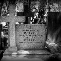 Fot. Warszawskie Zabytkowe Pomniki Nagrobne:  <i>cmentarze.um.warszawa.pl</i>