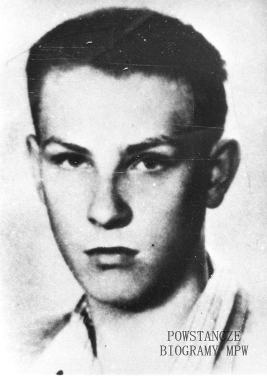 """Janusz Boleszczyc-Rudnicki """"Orzeł"""", poległy pod Pęcicami 2 sierpnia 1944 r.  Fot. ze zbiorów Muzeum Powstania Warszawskiego, sygn. MPW-IH/3938"""
