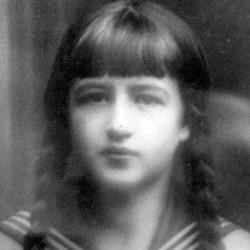 Jadwiga Piekarniak w roku 1932. Zdjęcie ze zbiorów brata Waldemara Kozłowskiego.