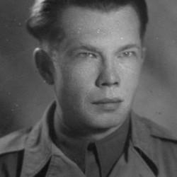 Adolf Moczulski w roku 1944. Zdjęcie z archiwum rodzinnego córki.
