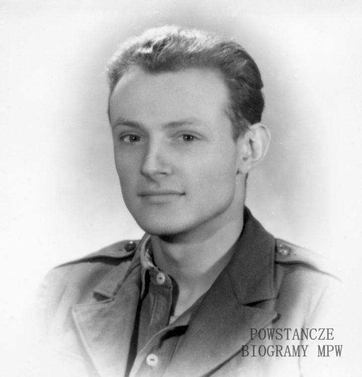 """Zbigniew Szydelski ps. """"Zbigniew"""", """"Kit"""" - na zdjęciu w roku 1947 na początku studiów na Politechnice Warszawskiej. Fot. z archiwum prywatnego Zbigniewa Szydelskiego / AR MPW"""