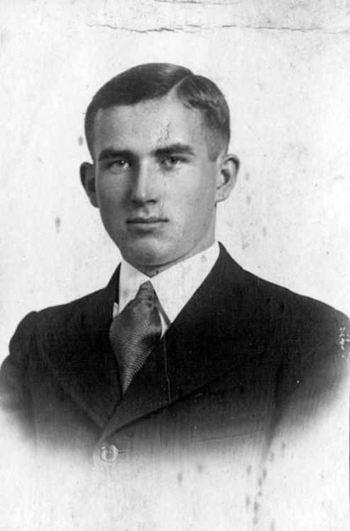Józef Głogowski (1917-1944). Zdjęcie ze zbiorów Elżbiety Słabik