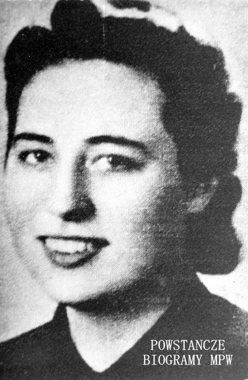 """Sanitariuszka Wanda Błazucka """"Żydówka"""" (1923-1944) Fot. ze zbiorów Muzeum Powstania Warszawskiego, sygn. MPW-IK/3021"""