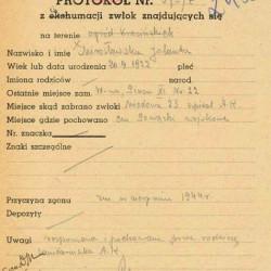 Protokół ekshumacyjny Polskiego Czerwonego Krzyża - 1945 r.  Ze zbiorów PCK