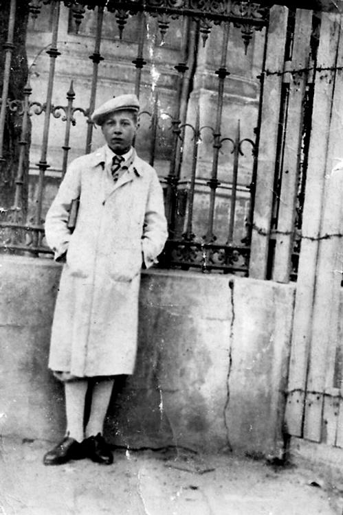 """Jerzy Michalak """"Jur"""" - zdjęcie z lat okupacji"""