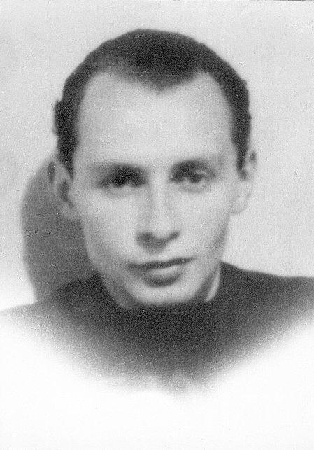 """Kazimierz Wasiłowski ps. """"Korwin"""" przed Powstaniem Warszawskim. Fot. z archiwum rodzinnego Marii Podlasieckiej"""