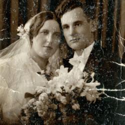 Stefan i Helena Rzeźniccy - fotografia ślubna. Archiwum rodzinne