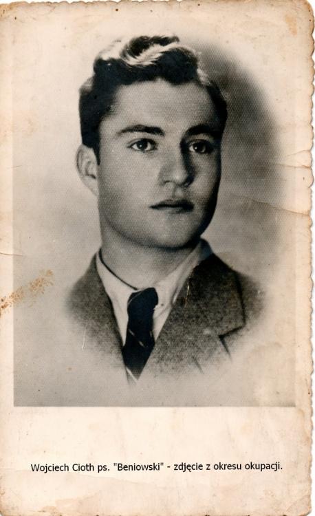 """Wojciech Cioth """"Beniowski"""" (1924-1944)  Fot. archiwum rodzinne Elżbiety Cioth"""