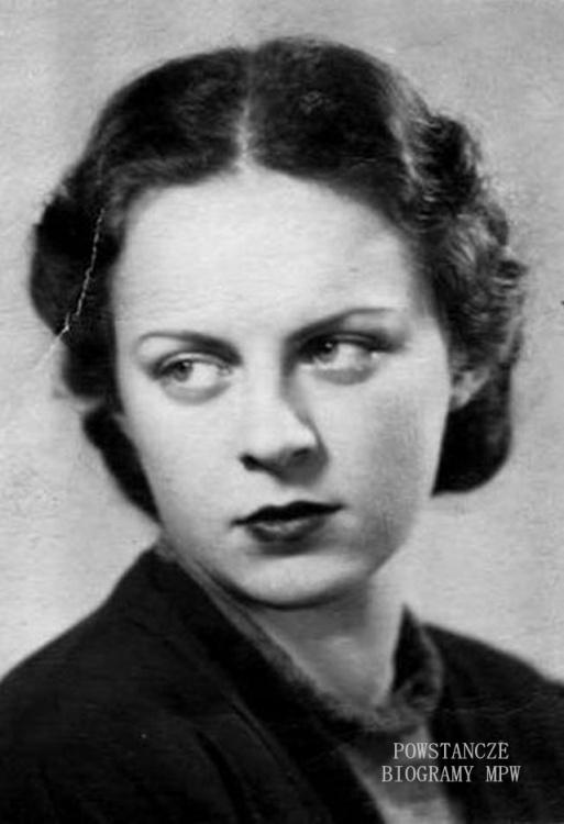 """Danuta Czapska """"Danka"""" (1922-1944) Fot. z archiwum rodzinnego siostry - p. Marii Pajzderskiej."""