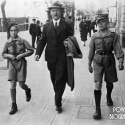 Witold Borowicz (1925-1944) na zdjęciu po prawej. Po lewej - brat Kazimierz Borowicz. Fot AR MPW