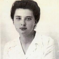 Alina Psarska, Warszawa, 1943 rok. Archiwum Marii Chełkowskiej.