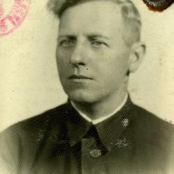 Stanisław Jasik - zdjęcie z okresu okupacji niemieckiej. Fot. z archiwum rodzinnego Andrzeja Wróblewskiego.