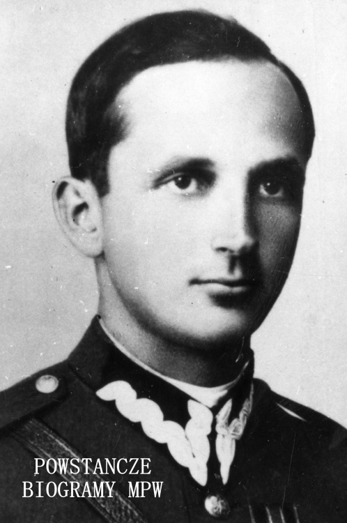 """Mjr inż. Zbigniew Lewandowski """"Szyna"""" (1909-1990). Fotografia portretowa ze zbiorów Muzeum Powstania Warszawskiego, sygn. MPW-IK/1160"""