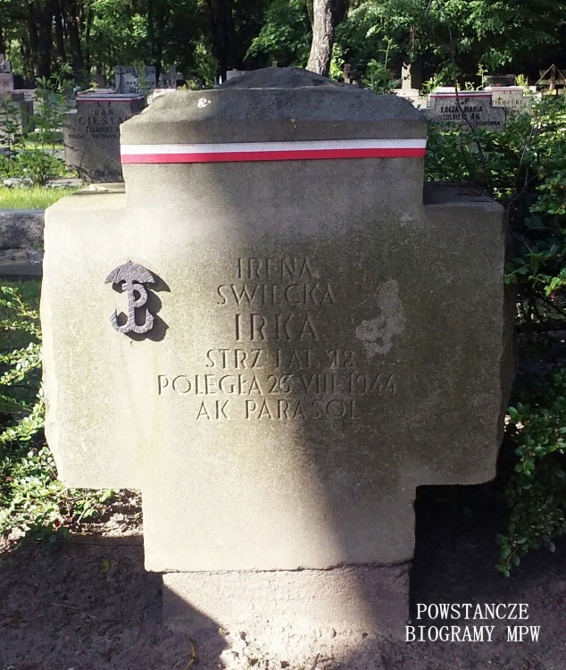 Warszawa, Cmentarz Wojskowy na Powązkach. Fot. udostępniła Magdalena Ciok.