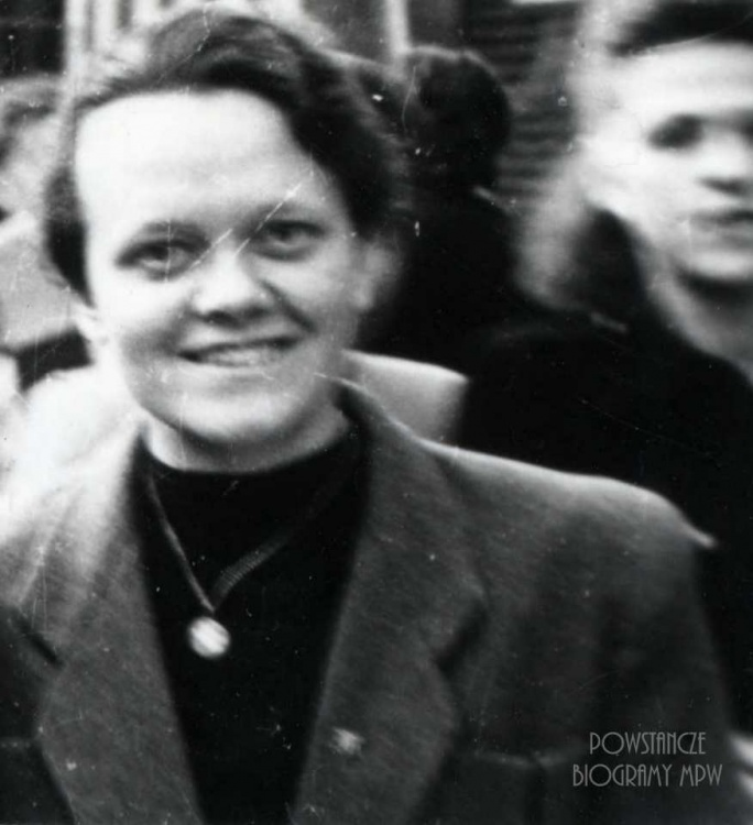 """Janina Julia Piaskowska  ps. """"Agnieszka"""". Zdjęcie wykonane w latach 50-tych. Fot. z archiwum rodzinnego Doroty Zolich."""