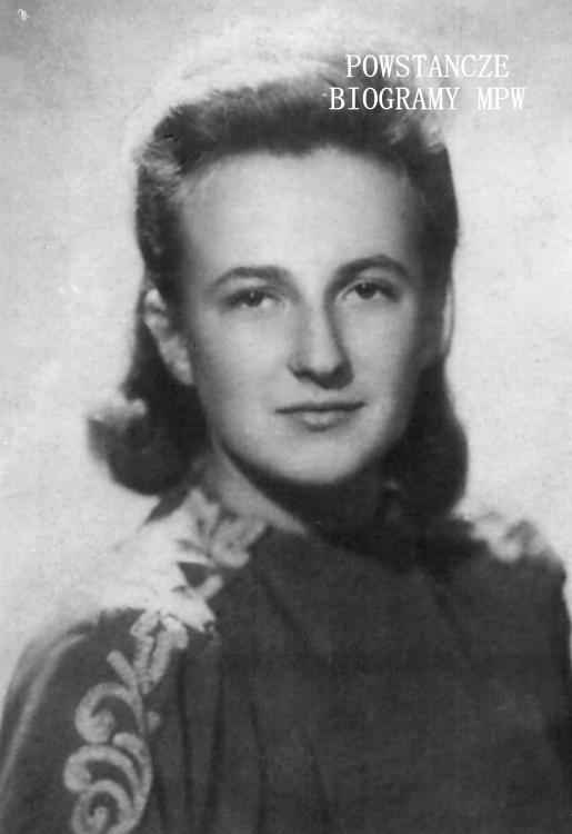 """Janina Lutyk-Zapadko-Mirska ps. """"Scarlett"""" (1925-1997). Fot. ze zbiorów Muzeum Powstania Warszawskiego, sygn. MPW-IP/5894"""
