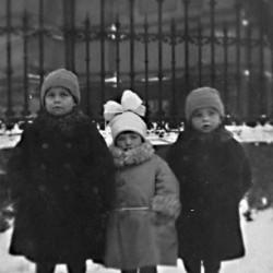 Jacek Gosławski, Danuta Borowska i Witold Gosławski - zima 1923.