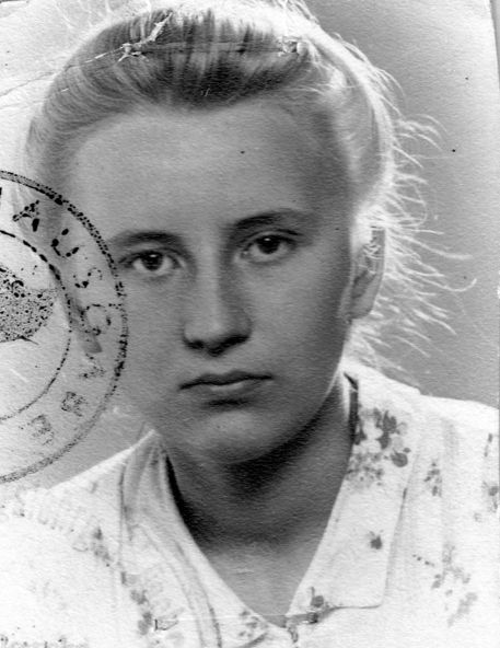 "Izabela Feliksa Podolska ""Iza"". Fot. archiwum rodzinne."