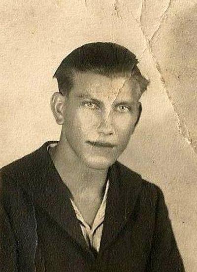 """Marceli Nowicki """"Blondynek"""" (1923-1944) . Fot. Łukasz Biełusz - archiwum rodzinne."""
