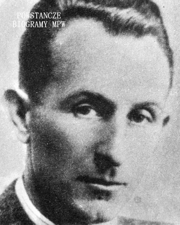 """Kpt. Ludwik Gawrych """"Gustaw"""". Fotografia portretowa ze zbiorów Muzeum Powstania Warszawskiego, sygn. MPW-IK/1010"""