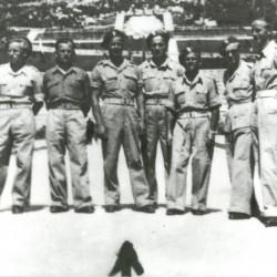 Stanisław Dutkiewicz w mundurze plutonowego podchorążego. Zdjęcie portretowe zrobione w 1945 r., po wyzwoleniu obozu jenieckiego w Murnau - Bawaria.
