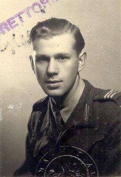 """Stanisław Wiśniewski ps. """"Wist"""". Rzym, 1945 rok. Ze zbiorów Archiwum 2. HBAP """"Żbik""""/ Jan Wawszczyk"""