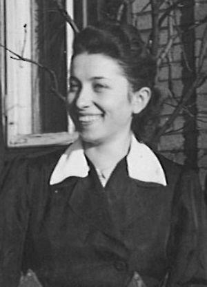 Barbara Dyga - Hellwigowa, zdjęcie z okresu okupacji. Z archiwum rodzinnego Hanny Hellwig - Stańczuk