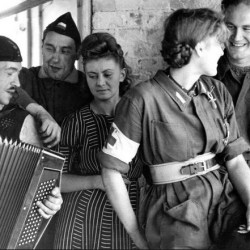 Wrzesień 1944 r. Pierwszy od prawej ppor. Jan Krzysztof Markowski