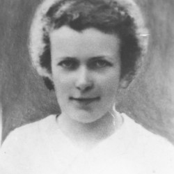 Halina Namokel