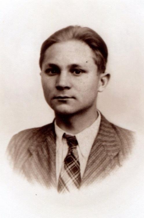 """Tadeusz Komisarczyk """"Żbik"""" (1927-1944). Fot. z archiwum rodzinnego siostry."""