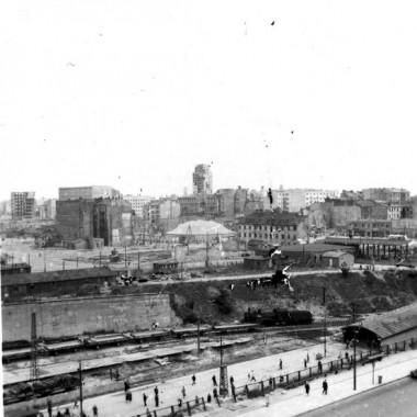 Fotografie powojennej Warszawy