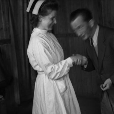 negatywy fotografii z Polskiego Szpitala Wojskowego w Zeithain autorstwa Czesława Gerwela