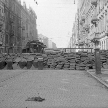 Fotografia z Powstania Warszawskiego autorstwa Andrzeja Bargiełowskiego